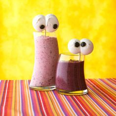 love this - smoothie with eyes, thought rachel would like this @Sally Cameron