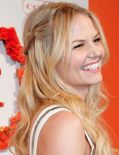 Jennifer Morrison in my 2 favorite shows ever! Once upon a time, and How I met Your Mother!