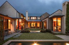 Striking Dallas home features a modern courtyard design
