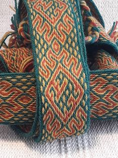 Tablet weaving belt wool historic accessory for viking image 0 Inkle Weaving, Inkle Loom, Card Weaving, Weaving Art, Tablet Weaving Patterns, Loom Patterns, Finger Weaving, Viking Designs, Textiles
