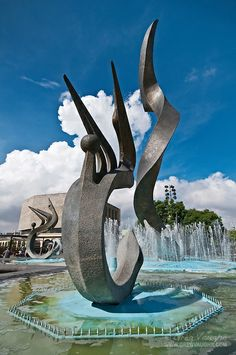 Fuente de Inmolación a Quetzalcóatl (Fountain of the Immolation of Quetzalcoatl), Plaza Tapatia, Guadalajara, Mexico by Greg Vaughn