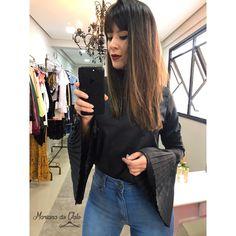 Look blusa manga flare plissada! #moda #tendencia #blusaflare #lookdodia #mangaflare
