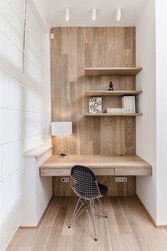 自分専用のワークスペースが自宅にあったらなあ・・・と考えている方は多いと思います。しかし実際に「書斎」を設けようと思うと、なかなかスペースの確保が難しかったりするもの。 そんな時には、家の中で空いているちょっとした空間を利用してみるといいかも。書斎と言えるほどは大きくないけれど、自分だけの特別な空間・・・。ぜひ参考にしてください。