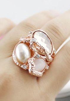 Кольцо из металической глины с жемчугом и кристаллом сваровски