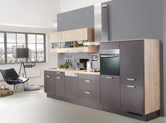 Une cuisine grise fonctionnelle