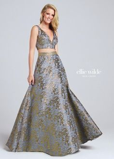 Ellie Wilde for Mon Cheri EW117039 is a sleeveless two-piece Ellie Wilde prom gown in Jacquard.