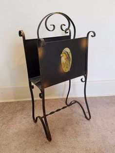 Vintage Antique Metal Wrought Iron Magazine Newspaper Stand Rack Parrot Holder