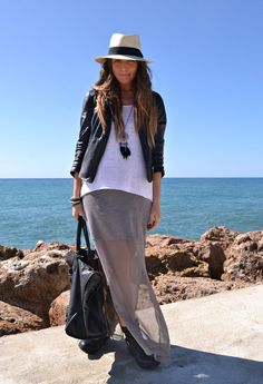 BikerBoots  , Zara (new collection) en Vestidos, H en Botines, Balenciaga en Bolsos
