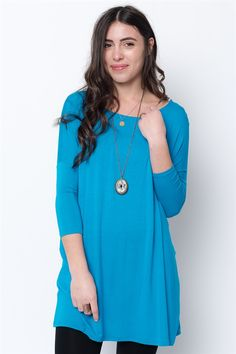 Slouchy drop shoulders and a wide boat neckline advance the casual-chic style of this silky-soft tunic. Tunics Online, Online Clothing Stores, Dresses Online, Tunics For Sale, Basic Leggings, Basic Tops, Casual Chic Style, Cold Shoulder Dress, Turquoise