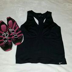 Nike Dri-Fit Seamless Tank Top. Like new condition. Size M/L Nike Intimates & Sleepwear Shapewear