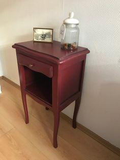 Vintage Kommode Dunkelrot Flurschränkchen Schränkchen Nachttisch Rot Chippendale Landhaus Barock shabby Barock Nightstand, Shabby, Table, Etsy, Furniture, Home Decor, Vintage Dressers, Red Dresser, Dark Red