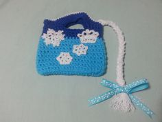 Disney's Frozen Inspired Crochet Purse by http://www.etsy.com/shop/MemorableKnits