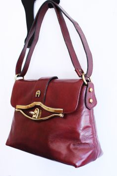1970 s Etienne Aigner purse. I wanted one of these soooo bad 15eca0b073f17