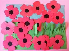 """Veterans Day poppy craft - """"Poppies in the Field"""" - Classroom, teacher, school… Crafts To Do, Crafts For Kids, Arts And Crafts, Autumn Crafts, Holiday Crafts, Autumn Art, Veterans Day Poppy, Remembrance Day Activities, Remembrance Sunday"""