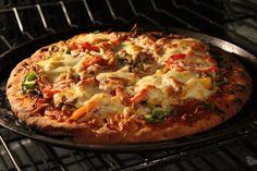 Pizza garnie au proscuitto à la Roxanne — Roxanne Cuisine Pizza Legume, Hawaiian Pizza, Nachos, Vegetable Pizza, Cauliflower, Spaghetti, Vegetables, Cooking, Healthy