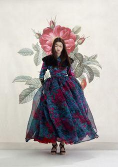 한복 hanbok : korean traditional clothes dress h Korean Traditional Clothes, Traditional Fashion, Traditional Dresses, Fashion Foto, Asian Fashion, Seoul Fashion, Dress Outfits, Fashion Dresses, Dress Up