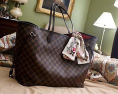 """Thank you to my wonderful hubby Anthony for getting me one of my dream bags just as an """"I love you"""" gift. -BMR"""