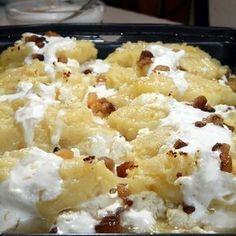 Túrós ganca Receptek a Mindmegette. Vegan Menu, Vegan Recipes, Cooking Recipes, Swedish Recipes, Hungarian Recipes, Yummy Snacks, Yummy Food, Paleo, Potato Dishes