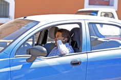 Celulares y audífonos, fatales distractores al manejar: SUMA