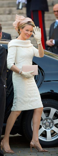 Abdication day fashion for 3 Crown Princesses who became Queens June 18, 2014. Letizia in Felipe Varela and Maxima of the Netherlands and Mathilde of Belgium in Natan