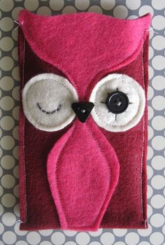 Felt Owl Cozy for iphone by frauleinschmidt on Etsy