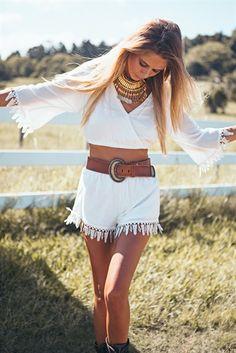 Polar Tassel Set - Tops by Sabo Skirt Gypsy Style, Boho Gypsy, Hippie Style, Bohemian Style, Boho Chic, My Style, Indie Fashion, Fashion 101, Girl Fashion