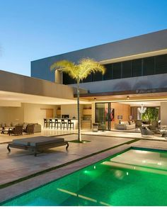 ℹ What do you think about this house? Modern Architecture House, Architecture Design, Modern Villa Design, Backyard Pool Designs, Facade House, Pool Houses, House Goals, Home Fashion, Exterior Design