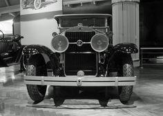 Vintage Car Face