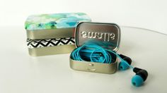 A few weeks ago, I was asked to put together a DIY for BuzzFeed on cord organization that was...