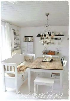 3 Friendly Cool Tips: Shabby Chic House shabby chic blue farmhouse style.Shabby Chic Cottage Charms shabby chic home colors.Shabby Chic Home Farmhouse Style. Shabby Chic Dining Room, Shabby Chic Kitchen, Shabby Chic Homes, Shabby Chic Decor, Dining Rooms, Shabby Cottage, Dining Tables, Cottage Chic, Country Kitchen