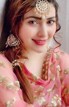 World's Cutest Girl, Stylish Girl Pic, Cute Girl Photo, Most Beautiful Models, Most Beautiful Indian Actress, Beautiful Dresses, Lovely Girl Image, Beautiful Girl Photo, Sad Girl Photography