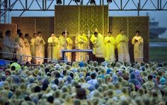Pope Francis (C) holds a holy mass in Tacloban, on January 2015 Pope flees Philippine storm, cuts short typhoon mercy trip Philippines Cities, Jesus More, Pope Francis, Before Us, Vatican, Short Cuts, Trials, Trinidad, Catholic