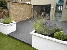 80+ Stunning Small Patio Garden Decorating Inspirations