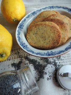 Citronsmåkager med blå birkes – Den glade kagekone No Bake Cookies, Cake Cookies, Cupcake Cakes, Food Cakes, Baileys Cheesecake, Cake Recipes, Dessert Recipes, Christmas Sweets, Healthy Treats