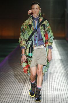 Prada Spring 2017 Menswear Collection Photos - Vogue