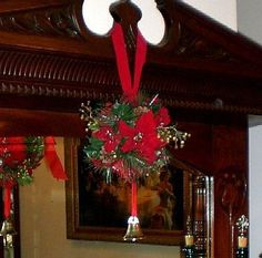 Coordinate Your Holiday Decor with Your Interior Design Style Part Victorian Christmas Decorating Ideas - Style Estate - Send Christmas Cards, Old Christmas, Victorian Christmas, Vintage Christmas, Wedding Decorations, Christmas Decorations, Holiday Decor, Christmas Traditions, Kissing Ball