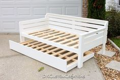 Diy Daybed, Daybed With Trundle, White Daybed, Murphy Bed Ikea, Murphy Bed Plans, Handmade Furniture, Diy Furniture, Roll Away Beds, Modern Murphy Beds
