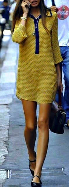 Street style : Bianca Balti Nice casual dress, mix and match of the blue and yellow, cute flats. Perfect outfit for a casual day in the city Fashion Mode, Moda Fashion, Womens Fashion, Fashion Trends, Dress Fashion, Style Fashion, Looks Style, Style Me, Simple Style