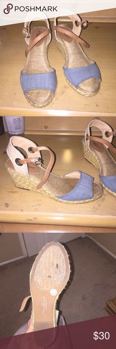 "Blue wedge by Lucky Brand Cute wedge by Lucky Brand. Size 7.5 but runs small (fits like 7). About 2.5"" Lucky Brand Shoes Espadrilles"