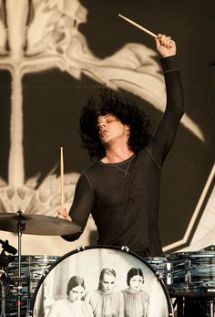Jack White on drums for the Dead Weather.  ACL (Mud) Fest 2009.