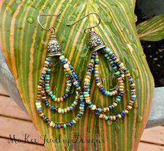McKee Jewelry Designs - Metal and seed bead earrings. Bead Jewellery, Seed Bead Jewelry, Seed Bead Earrings, Beaded Earrings, Seed Beads, Beaded Jewelry, Homemade Jewelry, Diy Schmuck, Beads And Wire