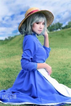 Cosplayer Amie Lynn as Sophie from Howl's Moving Castle. Too cute! For all of your cosplay, gaming, anime, comic con, and all-around nerd culture needs, visit All That's Epic.