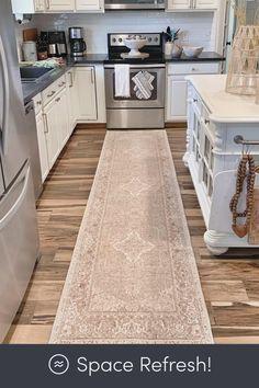 Grey Kitchen Floor, Kitchen Rug, Kitchen Layout, Kitchen Flooring, New Kitchen, Kitchen Decor, Kitchen Design, Kitchen Shop, Kitchen Runner