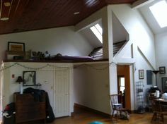 Loft Space, Hallway to bed and bath and door to kitchen - Meditation or guests