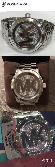 Nice Michael Kors silver and crystal face watch Nice Michael Kors silver and crystal face watch Michael Kors Accessories Watches