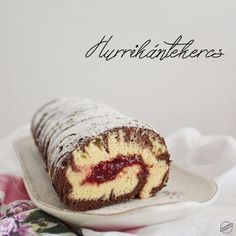 Hurrikántekercs | SweetHome Hungarian Recipes, Looks Yummy, Health Eating, Creative Food, Cake Cookies, Nutella, Sweet Recipes, Cookie Recipes, Banana Bread