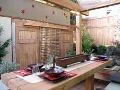 Asian-Style Courtyards : Outdoors : Home & Garden Television