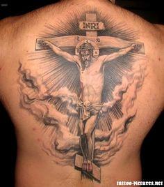 Jesus Tattoos - 20 Brilliant and Blessed Jesus Tattoo Designs Jesus On Cross Tattoo, Back Cross Tattoos, Cross Tattoo Neck, Tribal Cross Tattoos, Cool Back Tattoos, Celtic Cross Tattoos, Cross Tattoo Designs, Cool Tattoos For Guys, Tattoo Designs Men