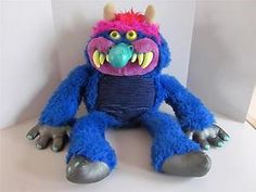 I love the 80's!!!! I was never scared with my pet monster