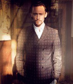 Tom Hiddleston Spring Fashion - Best Spring Fashion for Men 2012 - Esquire